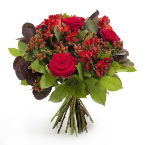 Red bouquet with red roses and berries