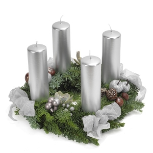 Silberner Adventskranz