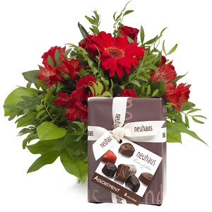 Red bouquet with chocolate