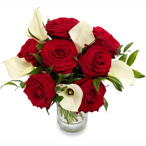 Red roses and white calla's