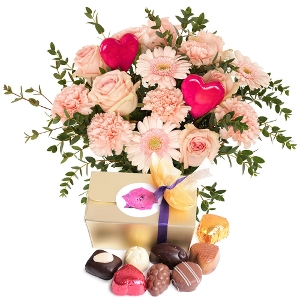 Romantic bouquet with chocolate